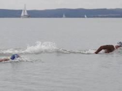 Le battute finali al Lago Balaton. Reuters