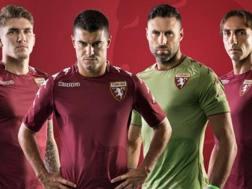 Lyanco, Iago Falque, Sirigu e Moretti presentano le nuove maglie.
