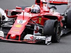 Vettel a Silverstone con l'anteriore sinistra. Getty