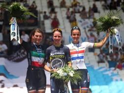Il podio di Marsiglia: da sinistra Elisa Longo Borghini, Annemiek Van Vleuten e Lizzie Deignan. Getty