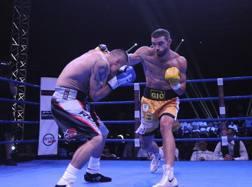Una fase del match con De Carolis all'attacco  ACTIVA