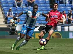A sinistra Felipe Caicedo  dell'Espanyol. Ansa