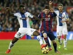 Felipe Caicedo, 28 anni, contro Messi. LaPresse