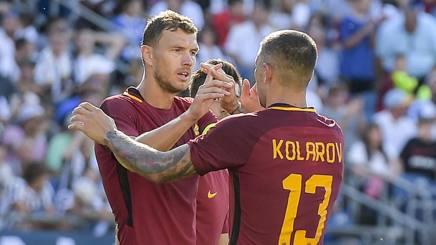 Edin Dzeko e Aleksandar Kolarov della Roma. Lapresse