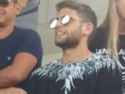 Domenico Berardi, attaccante del Sassuolo, avvistato a Viareggio durante l'amichevole tra Fiorentina e Parma.