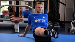 Milan Skriniar, 22 anni, in allenamento ad Appiano.