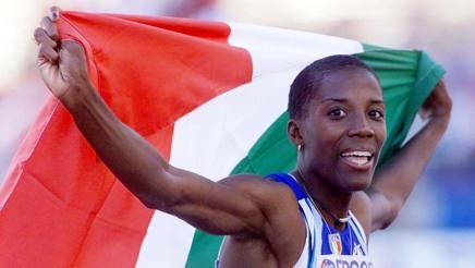 Fiona May, oro mondiale nel lungo a Goteborg '95 ed Edmonton 2001, l'ultimo di un'atleta italiana ANSA