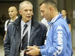 Pierluigi Aschieri (a sin.), D.t. della Nazionale Italiana di Karate, con Salvatore Loria, 42 anni, tecnico della Nazionale senior