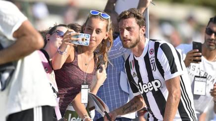 Marchisio tra i tifosi.