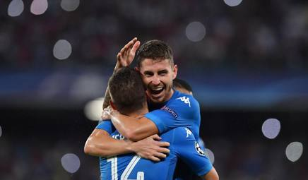 La gioia del Napoli dopo la vittoria sul Nizza. LaPresse