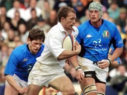 Matt Dawson in azione contro l'Italia nel 2001. Epa