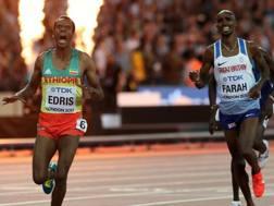 L'arrivo mondiale: Muktar Edris batte Mo Farah. Nell'ultima del britannico la rivincita? LaPresse
