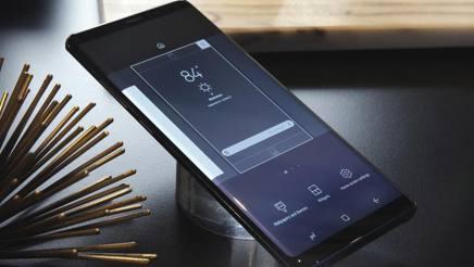 Il Galaxy Note 8, presentato a New York. Ap