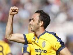 Giampaolo Pazzini, 33 anni, 23 gol con l'Hellas in Serie B la scorsa stagione. Lapresse