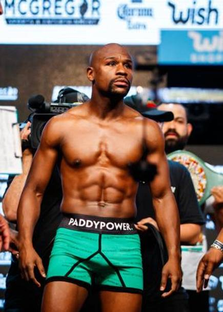 Mayweather pronto al match
