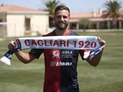 Leonardo Pavoletti, 28 anni, nuova punta del Cagliari. twitter @CagliariCalcio