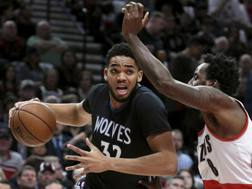 Karl-Anthony Towns, 21 anni.