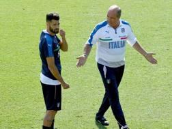 Gian Piero Ventura con Antonio Candreva. Getty