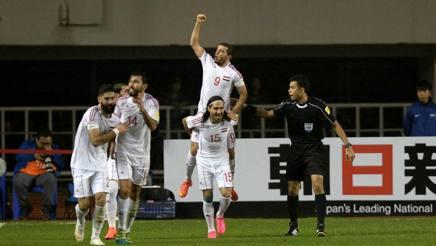 La nazionale siriana festeggia la vittoria sulla Cina. Lapresse