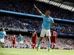 Gabriel Jesus festeggia il primo dei suoi due gol al Liverpool. Reuters