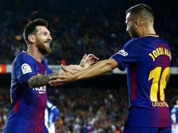 Messi festeggiato da Alba. Ap