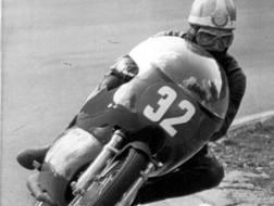 Alberto Pagano in un GP del 1966 su Aermacchi