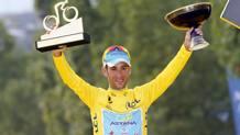 Vincenzo Nibali, il sesto a fare la tripletta Giro, Tour e Vuelta: tra gli italiani c'era riuscito solo Felice Gimondi. Bettini