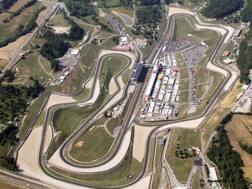 Una veduta aerea del circuito del Mugello. Ansa