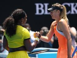Serena Williams e Maria Sharapova ai quarti dell'Australian open 2016