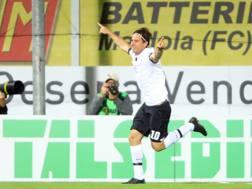 Daniele Cacia, 34 anni, doppietta con l'Avellino. Lapresse