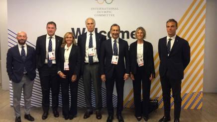 La delegazione di Milano 2019 a Lima