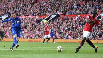 Bailly chiude su Rooney. Afp