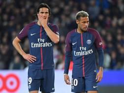 Edinson Cavani e Neymar contro il Lione. LaPresse