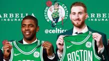 Kyrie Irving, 25 ann, e Gordon Hayward, 27: sono le nuove stelle di Boston. Afp