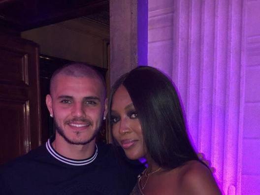 Mauro Icardi, 24 anni capitano dell'Inter, e la top model Naomi Campbell
