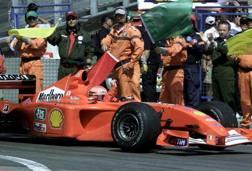 La Ferrari con cui Schumacher vinse il GP di  Montecarlo 2001. Reuters