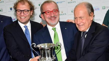 Il ministro dello Sport Luca Lotti con il presidente lombardo Maroni e il n.1 federgolf Chimenti. Ansa