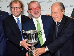Il ministro dello Sport Luca Lotti con il presidente lombardo Maroni e il n.1 federgolf Chimenti