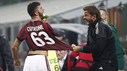 La gioia di Patrick Cutrone, autore del gol partita al 94', festeggia con Marco Storari. LaPresse