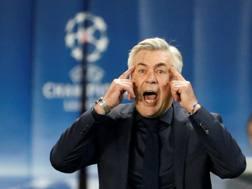 Carlo Ancelotti durante la partita col Psg. Reuters