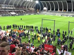 La zona dello stadio di Amiens dove è crollata la balaustra. Reuters