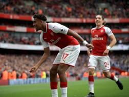 Alex Iwobi, 21 anni, festeggia dopo il gol del 2-0 LaPresse