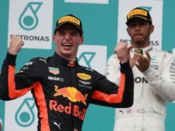 Verstappen e Hamilton sul podio. Afp