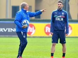Gian Piero Ventura (69) e Roberto Gagliardini (23). LAPRESSE