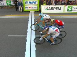 Lo sprint a Varese che ha premiato Geniez.