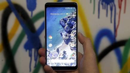 Il Google Pixel 2 XL presentato a San Francisco. AP