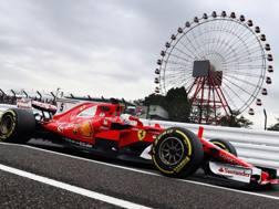 Sebastian Vettel in azione a Suzuka. Getty
