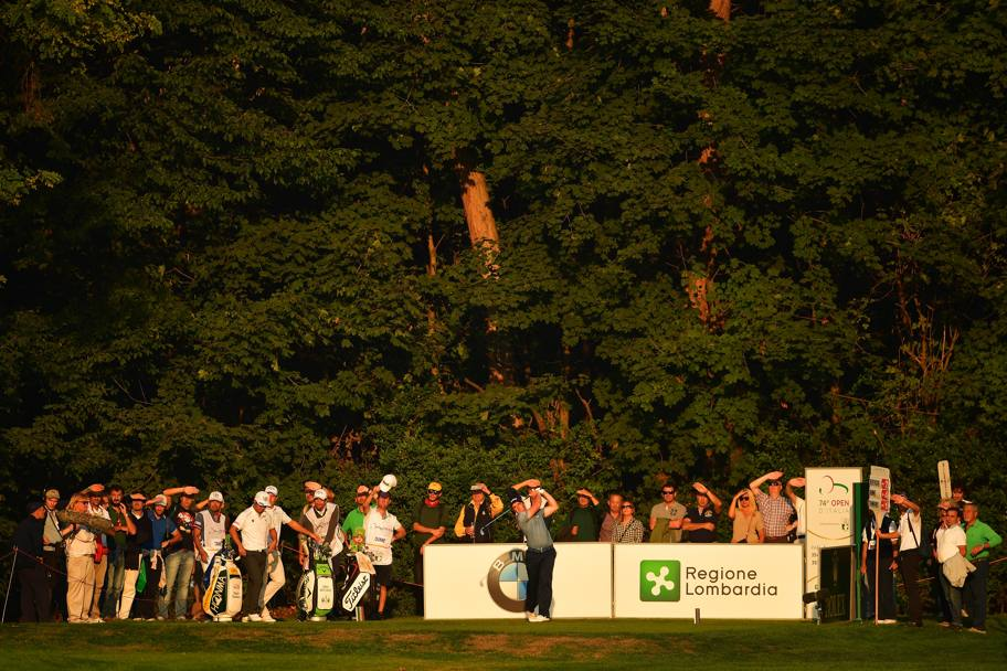 L'irlandese Paul Dunne colpisce contro sole (Getty Images)