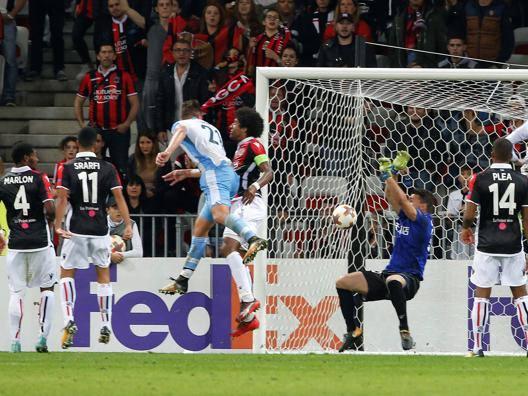 Il terzo gol della Lazio siglato da Milinkovic. Reuters