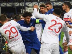 La rissa di Everton-Lione. Getty